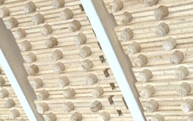 Schublade mit Dübel